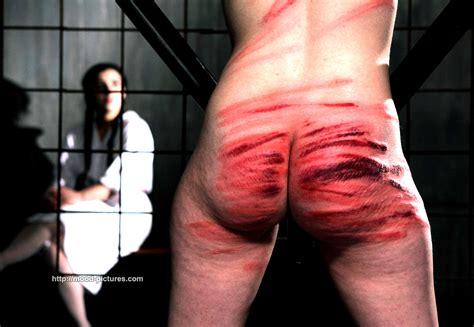 brutal and bloody japanese flogging porn jpg 1500x1035