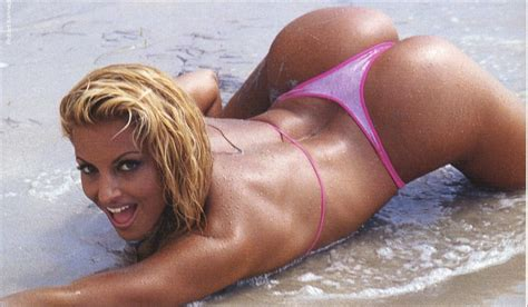 a webof 4 letters about trish stratus naked jpg 1246x728