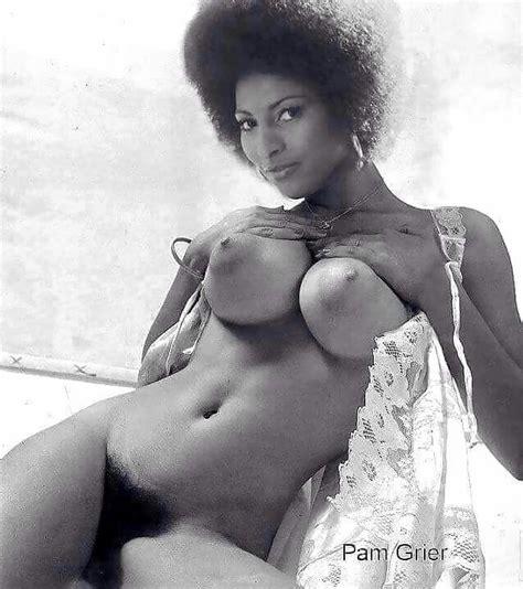 foxy mama naked jpg 638x720