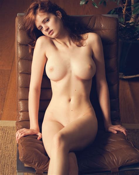gorgeous naked fanny jpg 940x1187